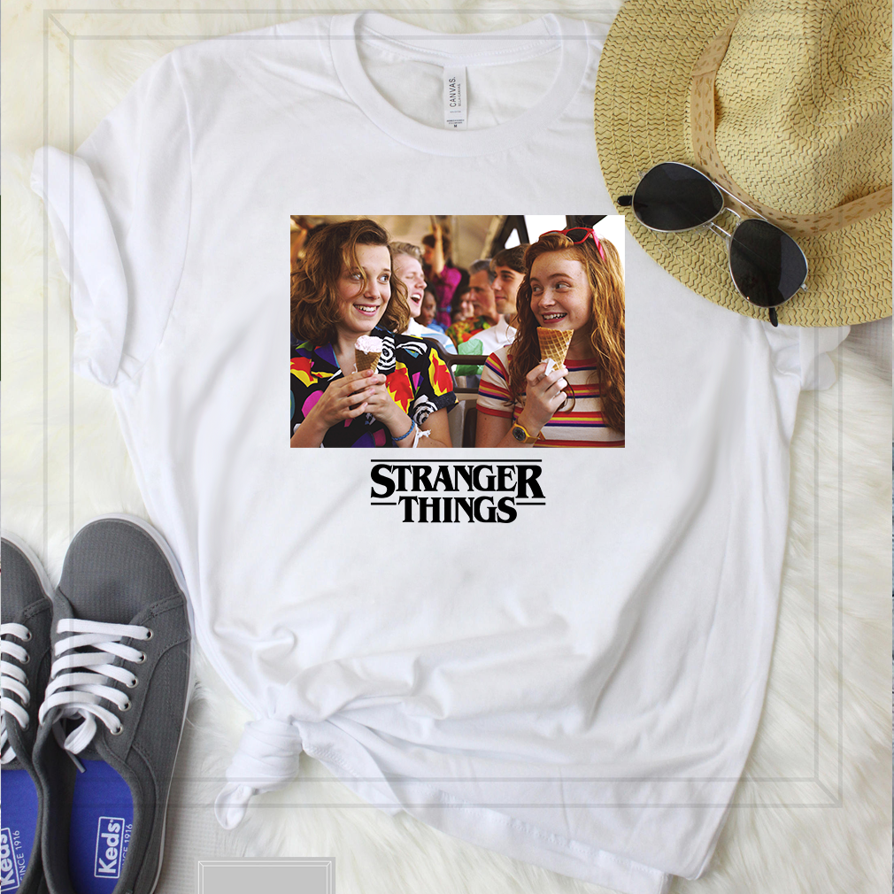 Stranger Things 3 Eleven and Max T-Shirt